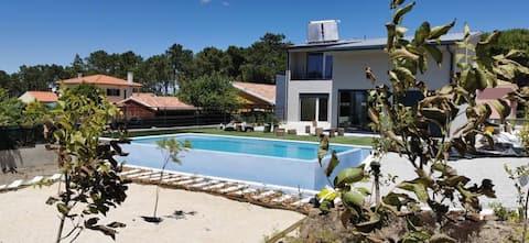 Lagoon & Beach Villa
