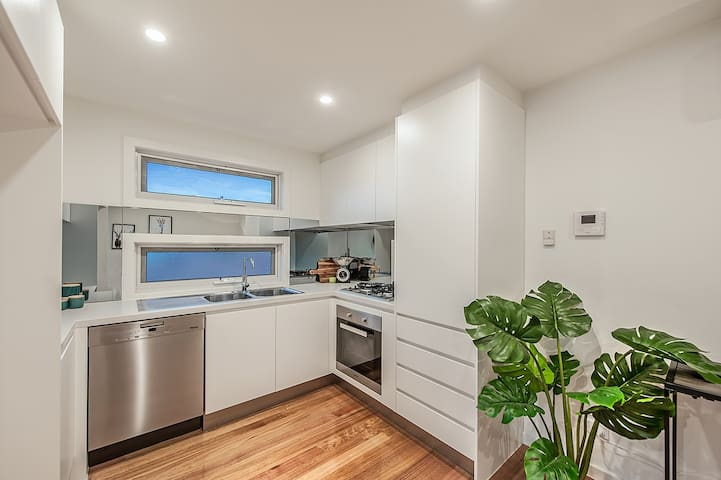 Immaculate Boutique Alphington Townhouse - Alphington - Adosado