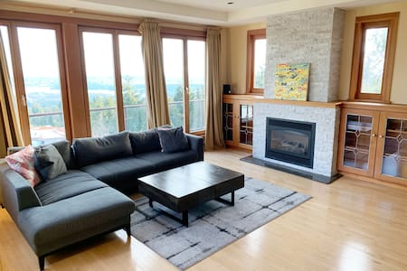 Luxury Large 4BR Entire Home - Ocean & City Views!