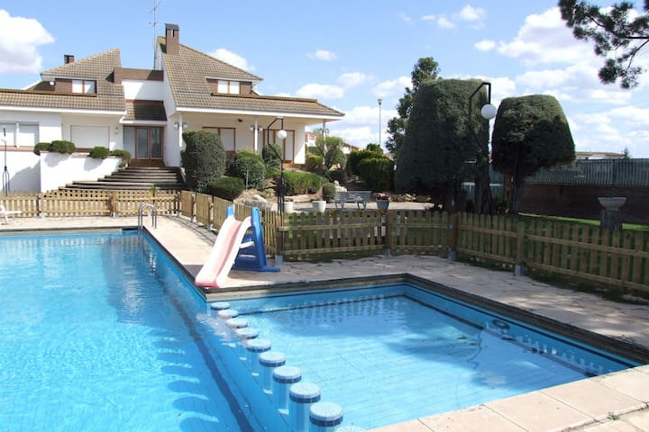 Spacious holiday house with private pool ideally for families with children.