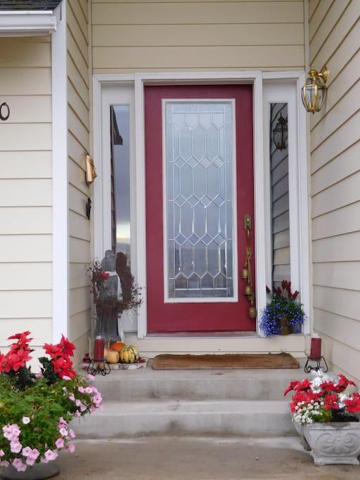 Upper level  front door entrance