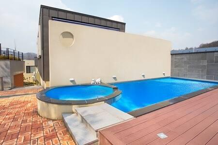 Luxury Private Town-House D동202호 - Bongpyeong-myeon, Pyeongchang-gun - 韩国膳宿公寓