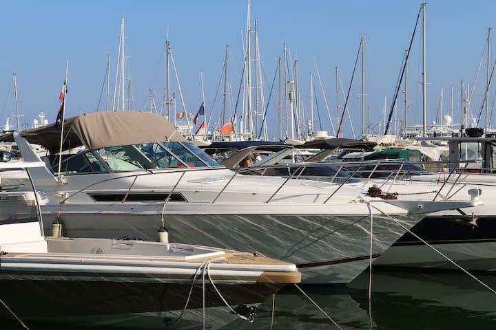 Boat on the French Riviera, Golfe Juan - Vallauris - Boot