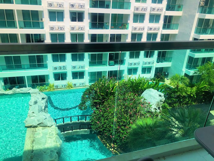 Amazon Family holiday private 1 BR next to market