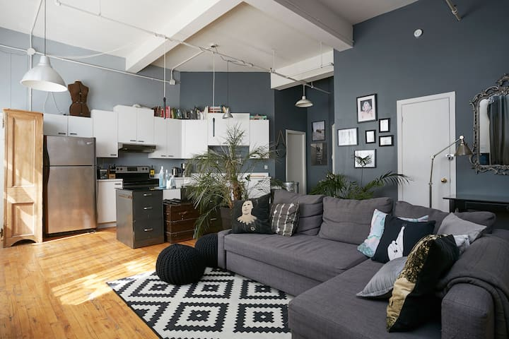 Bright & Modern Loft in Mile End - Montreal - Loft
