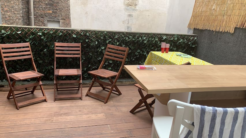Spacious 1 bedroom with terrace