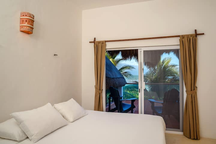 DOUBLE ROOM, KING BED, TOP FLOOR,  Casa Andromeda