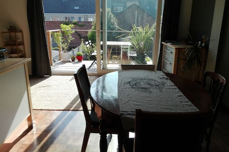 Spacious and sunny house in Ghent - Destelbergen - Ház