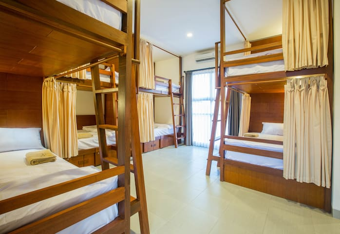 Mixed Dormitory Room 1 Bed Hostel Near Airport