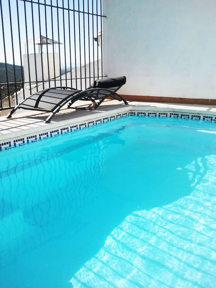 Casa Tufos en Sierra Mágina. Piscina privada