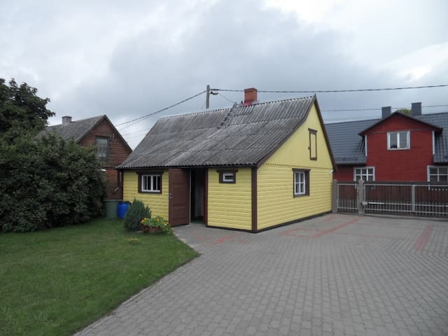 A little house for rent, 15 min walk from center - Pärnu - Huis