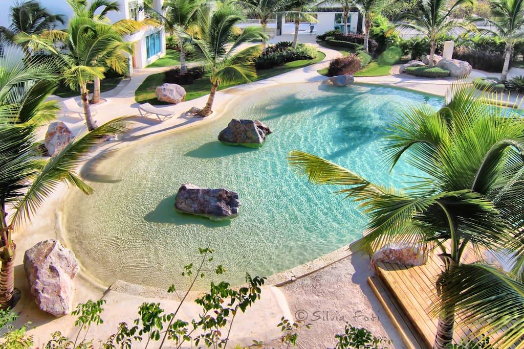 Vista della nostra piscina dall'alto