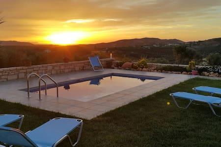 Villa Dimosthenis - Panormos - Casa