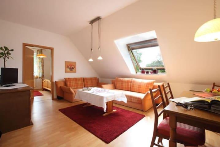 FeWo auf dem Obsthof im Alten Land (im Haupthaus) - Jork - Apartamento