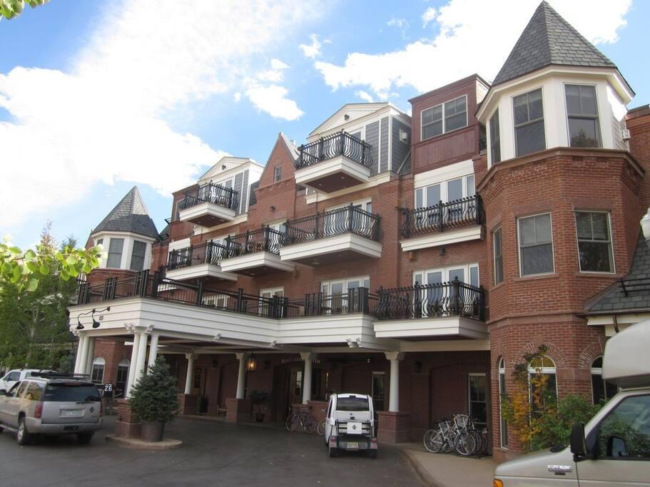 Hyatt Grand Aspen Vacation Rental Condos 1-3 Bedrooms