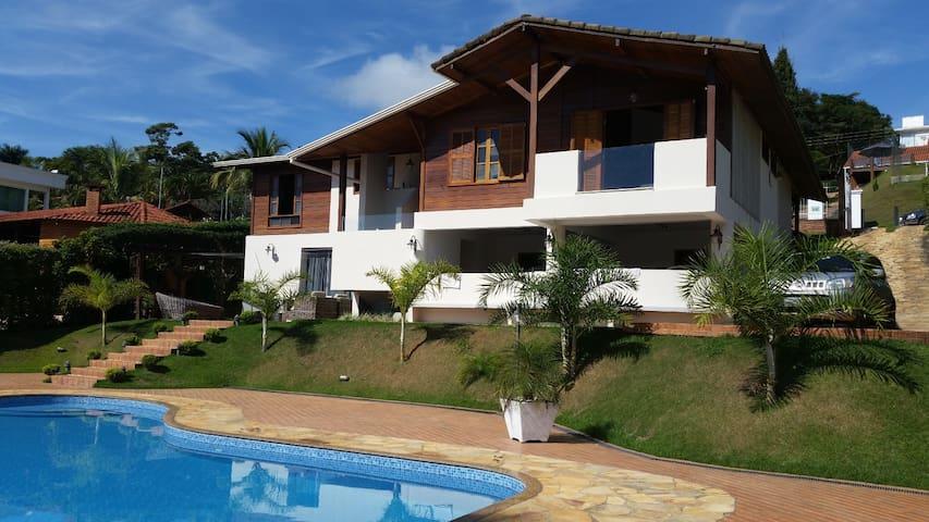 Bela Casa em Lagoa Santa - Lagoa Santa - Talo