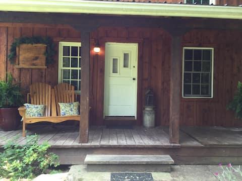 The glowing logs cabin