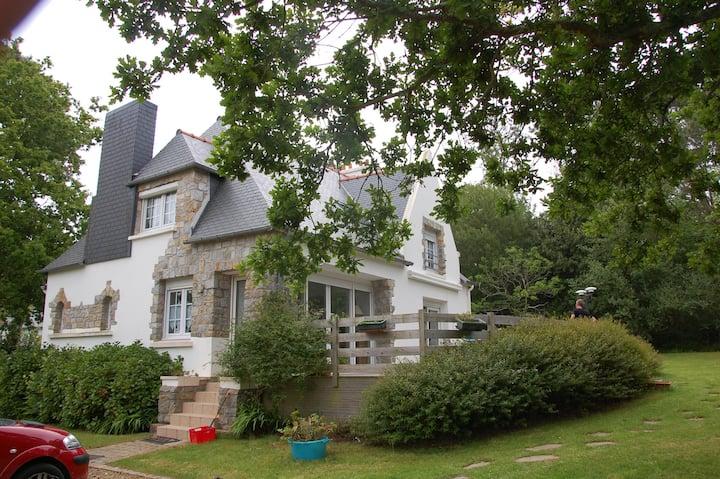 """""""La Villa de Morgat"""" avec jardin"""