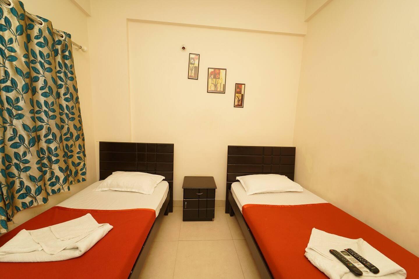 Bedroom-Single bed