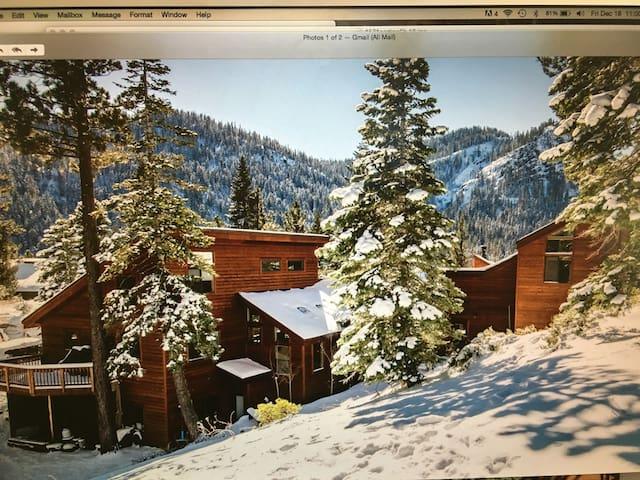 Panoramic Palace: Alpine Meadows - Alpine Meadows - Casa