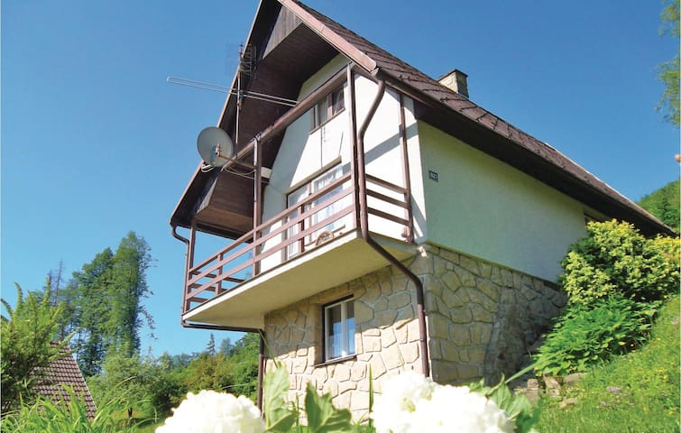 Holiday cottage with 2 bedrooms on 72 m² in Mala Bystrice