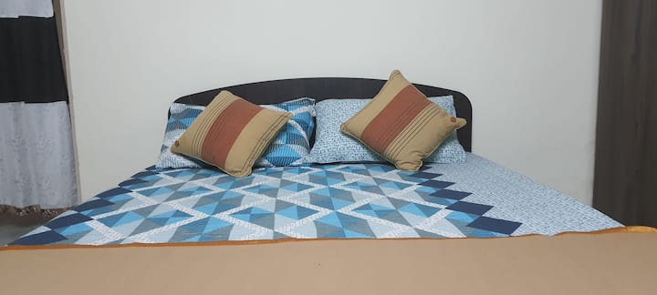 Entire Flat Double  Bed Room with AC) with kitchen