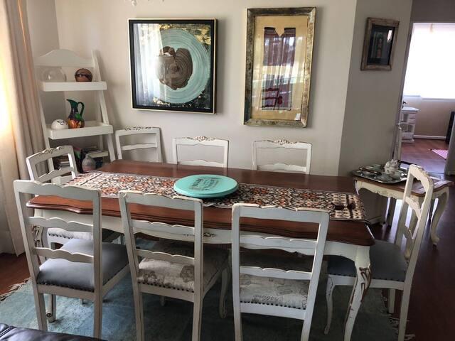 Cómodo y amplio departamento en Santo Domingo