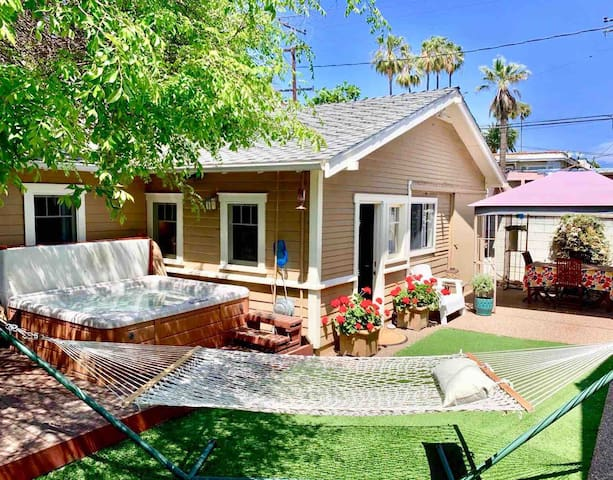 Lovely Guest House 3 Blocks To The Beach