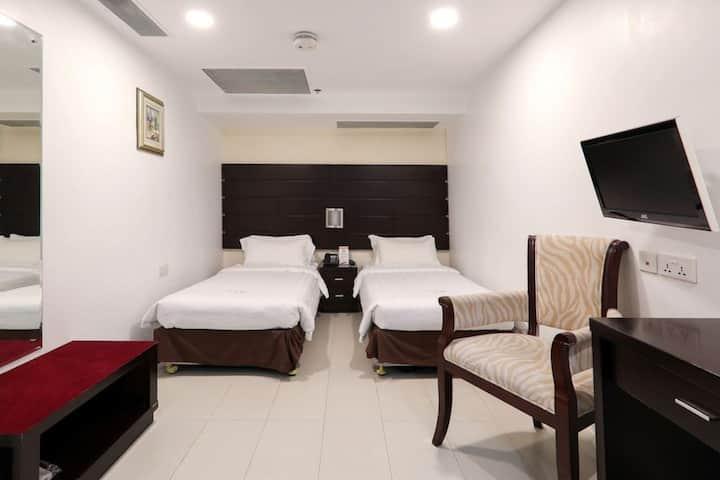 逅客近新加坡摩天轮、小印度、哈芝巷游泳池高级双床房-无窗