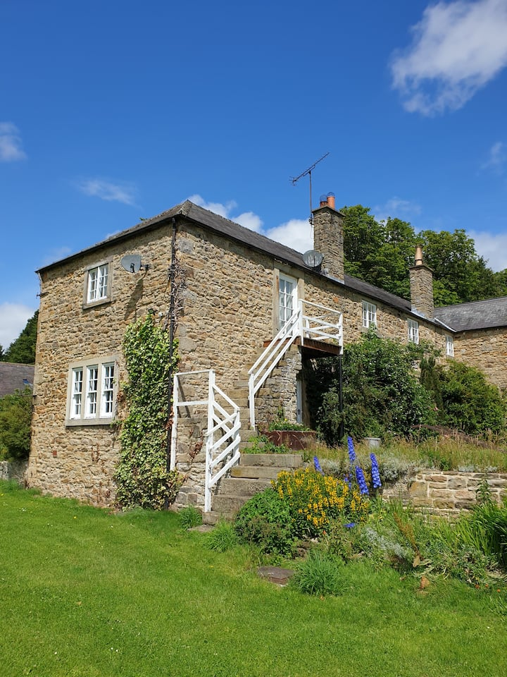 Self Catering 18th century Farm House