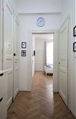 City Castle Aparthotel - Apartment n.10