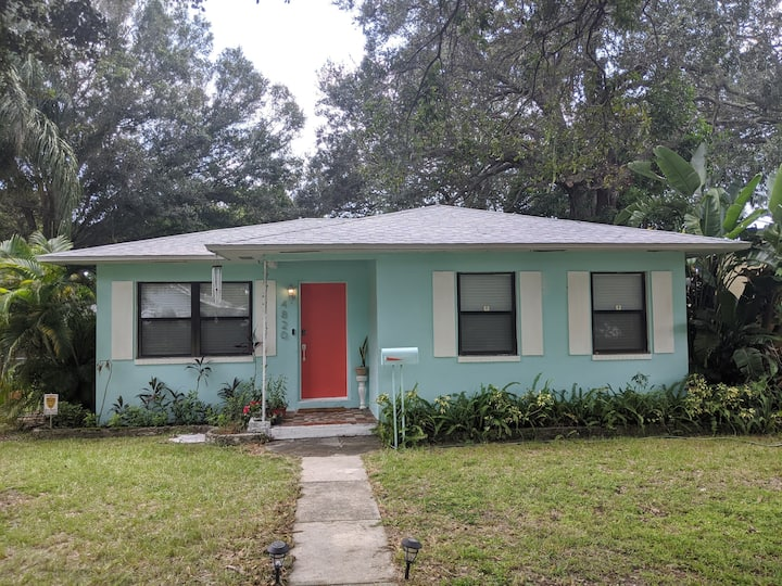 Cozy, Classy, Renovated, close to Gulfport Beach!