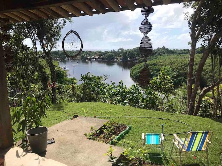 Casa em Caraiva c uma linda vista e acesso pro rio