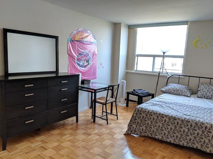 Spacious Room near Downtown Toronto