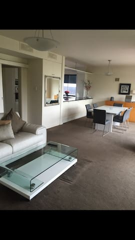 West Perth 2Bed/2bth Apart Mount st - West Perth - Apartamento