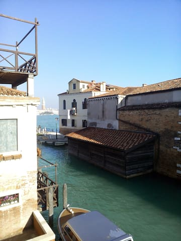 Bright studio to Redentore - Veneza - Apartamento