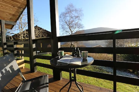 Cosy Modern Nordic Lodge w/ Loch View + Log Burner