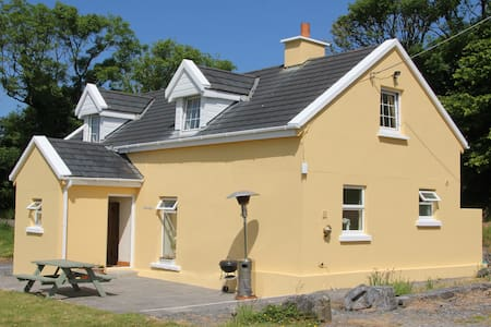 Calcar house