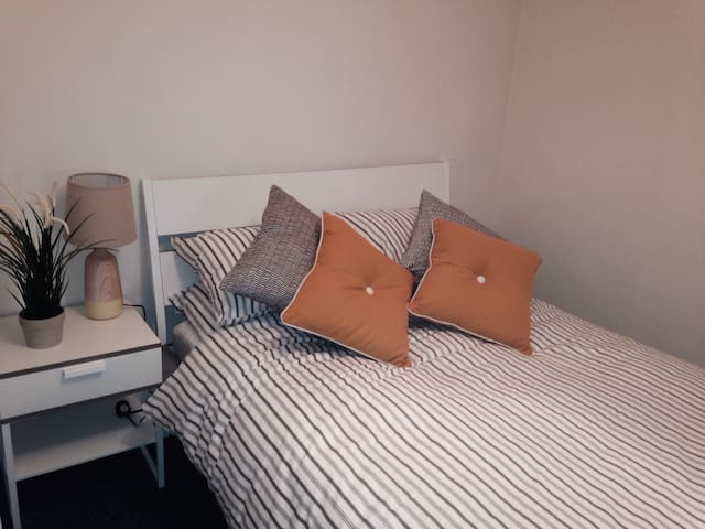Superbly located 2 bedroom apartment.