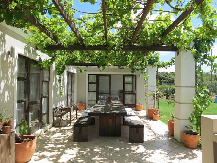 Happy family home in charming wine lands