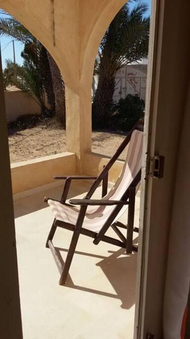 La terrasse d'entrée