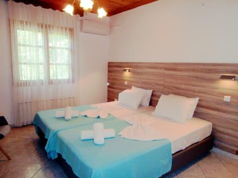 "Relaxing beach house ""Rastoni"""