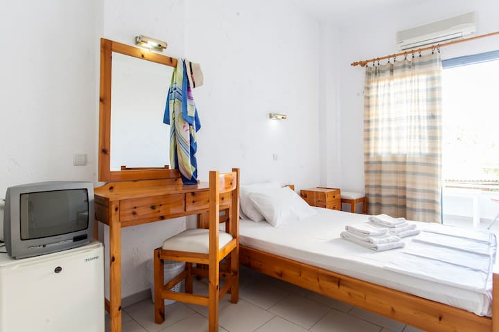 Acc. Classic, Limani Hersonissos - Limenas Chersonisou - Bed & Breakfast