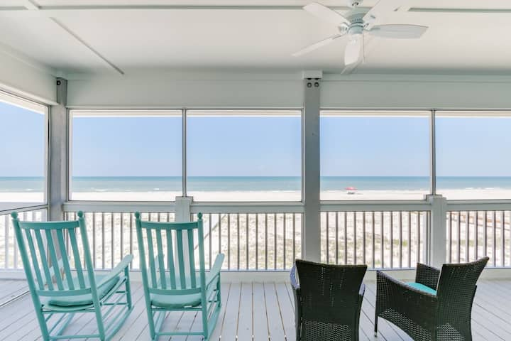 Sun-soaked beachfront home with private boardwalk and WiFi