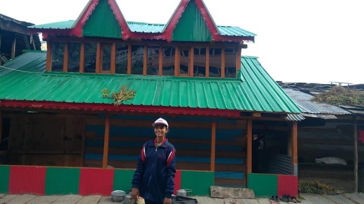 Panchgai Homestay, Jakhol