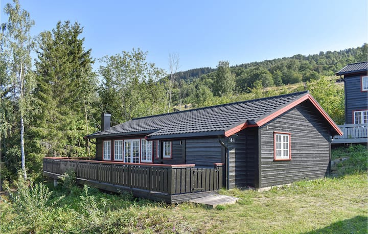 Nice home in Øyer with WiFi and 3 Bedrooms