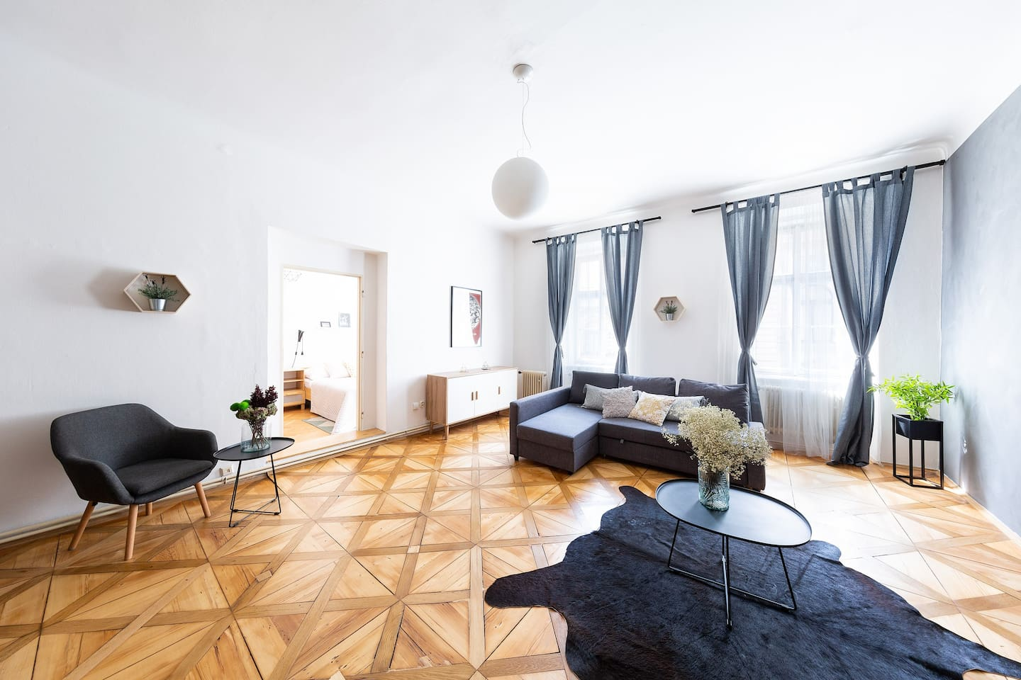 Stay in our two bedroom apartment with living room in heart of historical centre.
