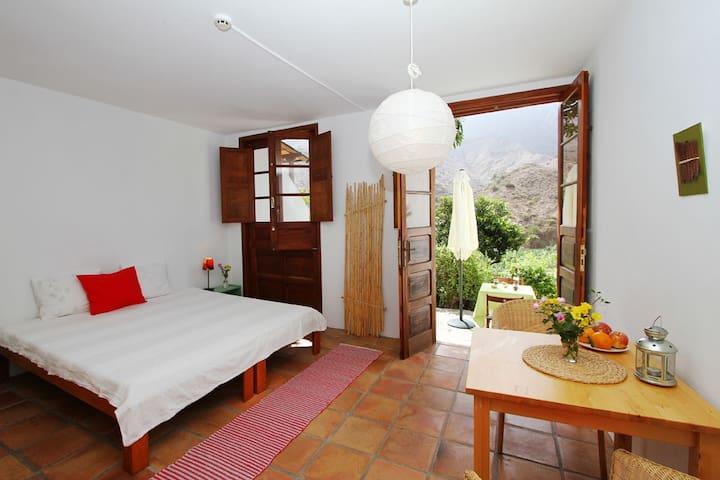 Studio Mango / Casa Creativa - Hermigua - Apartment