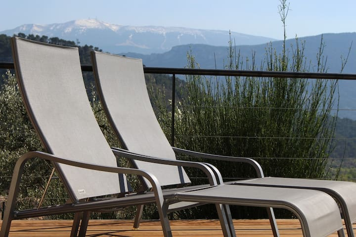 Villa Ventoux avec piscine et vue unique !