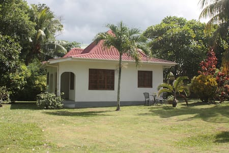 Tropical Residence - Pointe Au Sel - Bungalow